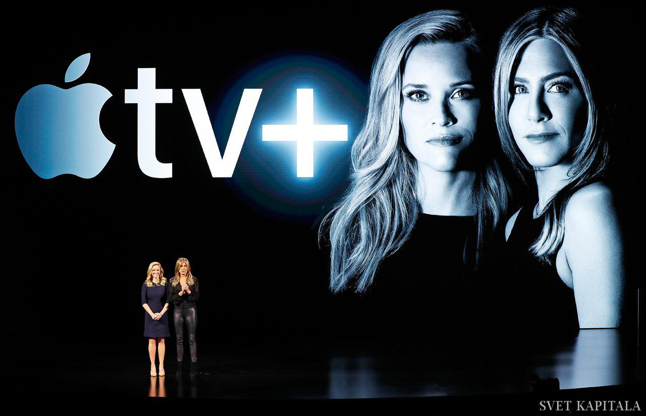 Fotografija: Igralki Reese Witherspoon in Jennifer Aniston ob predstavitvi nove storitve Apple TV+. Foto: Reuters